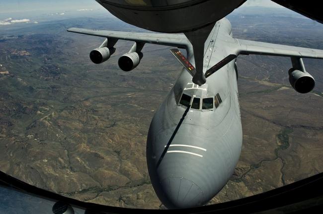 C-5-air-refueling